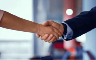 Prosoz Herten-Bild Neue Business Partner groß- zwei schüttelnde Hände